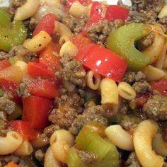 Skillet American Chop Suey @keyingredient #quick  #vegetables #tomatoes #easy