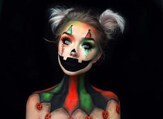 Are you looking for ideas for your Halloween make-up? Browse around this site for creepy Halloween makeup looks. Scary Clown Makeup, Creepy Halloween Makeup, Amazing Halloween Makeup, Girl Clown Makeup, Zombie Makeup, Clown Halloween, Halloween Kostüm, Halloween Parties, Christmas Makeup Look