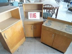 This cute lithe kitchen set is in the online auction that ends today. It could be painted to look like a treasure, all wood. Auction ends at 2 today. www.ayersauctionpage.com (15% buyer's premium, Lic#3949, Ayers Auction). Take a look, what little girl would not want this. Can you say pinterest project?  Auction ends at 2 pm.