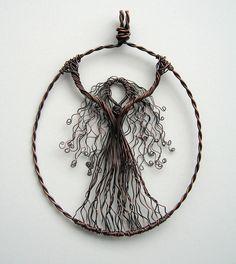wire pendant, beautiful link