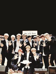 EXO! We are one ♡ #EXO #Sehun #Luhan #Tao #Chanyeol #Kris #Suho #Xiumin #DO #Kyungsoo #Kai #Jongin #Baekhyun #Chen #Jongdae #Lay #Yixing