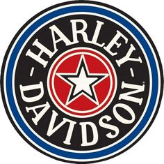 Harley Davidson - Fat Boy Gas Cap : Plaque décorative rétro en métal représentantun écusson Harley Davidson. Idéal pour créer une décoration vintage mécanique dans un garage, un atelier de réparation ou mêmeun diner américain.