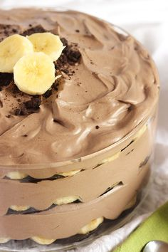 This Chocolate Banana Pudding recipe is a sweet twist on the southern classic. Perfect for spring and summer entertaining.