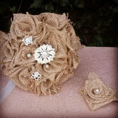 This burlap bouquet is beautiful simplicity for the rustic bride.