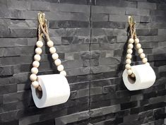 Handmade Home Decor 84784 A wonderful eco-friendly toilet paper holder made of round wooden beads and a jute rope. Perfect for any bathroom. This holder can be used as a toilet paper holder or as a towel holder. Handmade Home Decor, Diy Home Decor, Diy Wall Decor, Toilet Paper Roll, Toilet Paper Holders, Beaded Garland, Diy Décoration, Bathroom Layout, Dream Bathrooms