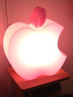 Lámpara Mac, regalo de mis chicos.