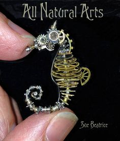 Steampunk clockwork seahorse by Sue Beatrice (!!)