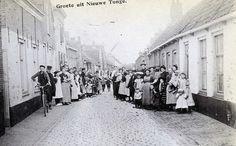 picture from NIEUWE - TONGE , a small place on the former island of Goeree-Overflakkee in The Netherlands , about a century ago  # MOLENDIJK , NIEUW - TONGE    >> Hier nog een foto van de MOLENDIJK #GoereeOverflakkee #ZuidHolland