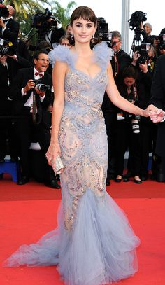 22 of the Most Memorable Style Moments in Cannes Film Festival History   People - Penelope Cruz in a Marchesa dress