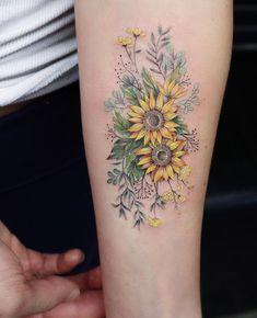 Sunflower 🌻 tattoo sunflower foot tattoos, sunflower tattoo sleeve, b Time Tattoos, Body Art Tattoos, New Tattoos, Small Tattoos, Sleeve Tattoos, Cool Tattoos, Tattoo Hip, Tatoos, Outer Forearm Tattoo