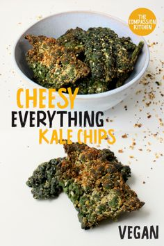 Baked kale leaves coated in everything bagel seasoning for a fast and flavourful healthy snack Healthy Meals For One, Healthy Vegan Snacks, Fast Easy Meals, Vegan Appetizers, Protein Snacks, Healthy Breakfasts, High Protein, Eating Healthy, Clean Eating