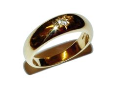 Fully Hallmarked 18ct Yellow Gold & Diamond Gypsy Style Ring - Size: P