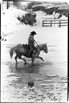 You know you love your horses when you go out in below zero winds blowin' side ways gusting to to check on them. Cowboys And Angels, Real Cowboys, Hot Cowboys, Cowgirl And Horse, Cowboy And Cowgirl, Western Riding, Western Art, Cowgirls, Westerns