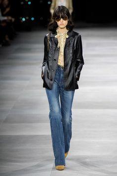 Celine Frühjahr / Sommer 2020 Modenschau Ready-to-Wear - MODA 2020 , 70s Fashion, Fashion Week, Fashion 2020, Fashion Show, Fashion Outfits, Fashion Trends, Paris Fashion, Curvy Fashion, Fashion Tips