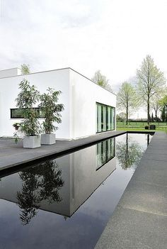 Maxim Winkelaar and Bob Ronday came together to complete Bemmel Residence, a private home located in Bemmel, The Netherlands. The minimalist exterior gives Houses Architecture, Residential Architecture, Landscape Architecture, Interior Architecture, Landscape Design, Interior Design, Villa Design, House Design, Swimming Pool House