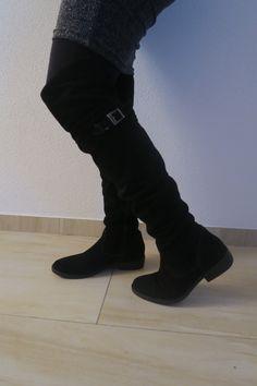 Feest outfit met overknee boots laarzen van Tamaris, zwart suède laarzen