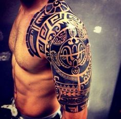 Tribal Shoulder Tattoos For Men #maoritattoosmen #polynesiantattoosshoulder