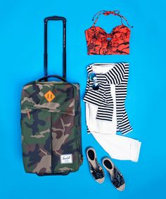 Travel Like A Minimalist: How To Never Overpack Again #refinery29  http://www.refinery29.com/71259
