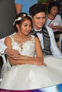 Jadine watching OTWOLTheLastFlight James Reid, Nadine Lustre, Just Friends, Best Couple, Couple Pictures, Beautiful Pictures, Flower Girl Dresses, Actors, Couples