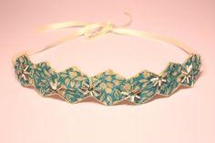 Floral fabric hairband. Vintage fabric headband. by SheSellsHeart