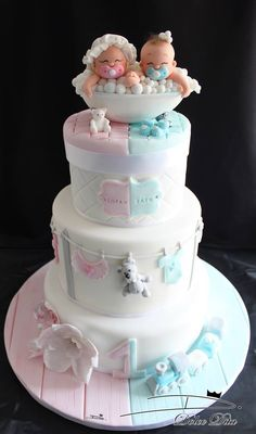 pink and blue baby shower cake for twins (Baby Cake) Torta Baby Shower, Twin Baby Shower Cake, Baby Shower Pasta, Boy Shower, Cute Cakes, Pretty Cakes, Beautiful Cakes, Amazing Cakes, Yummy Cakes