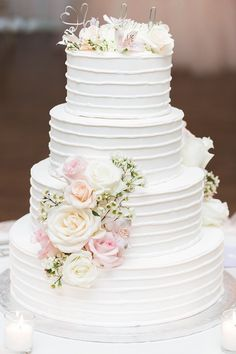 Wedding Cakes : Picture Description romantic wedding cake; photo: Dabble Me This Photography