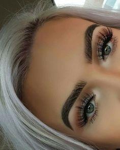 Anastasia Beverlyhills weiche braune Pomade pro Palette Granit Morphe B… Plain . Anastasia Beverlyhill's Soft Brown Pomade par palette Granite Morphe Brus … # Kiss Makeup, Prom Makeup, Cute Makeup, Gorgeous Makeup, Pretty Makeup, Wedding Makeup, Makeup Looks, Eyebrow Makeup, Eyebrow Tips