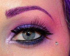The Hunger Games: An Effie Trinket/Capitol Look. Love the colors!