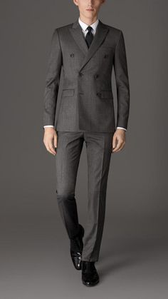 Burberry Slim Fit Virgin Wool Double-breasted Suit