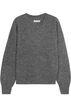 Voila Styling tips The crew neck