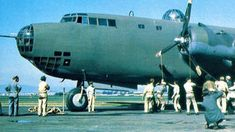The biggest bomber in the world that dwarfed all over WWII-era planes, the Douglas XB-19. The Biggest Plane Of WWII – It Could Fly Around Half The Globe On One Tank