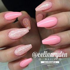 These nail trends were spotted on the runway shows and we will be popular during the whole year round. Find out which are they and do not hesitate to try all of them as soon as possible. browse for more. Enjoy in Photos!