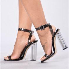 Fashion Nova the glass slipper in black Lucite clear heels. Hot High Heels, Sexy Heels, Stiletto Heels, Shoes Heels, Beautiful Toes, Beautiful High Heels, Glass Shoes, Fashion Nova Shoes, Before Midnight