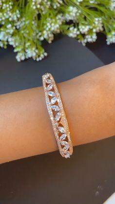 Jewelry Design Earrings, Gold Earrings Designs, Bracelet Designs, Statement Bracelets, Diamond Bracelets, Gold Bangles Design, Fancy Jewellery, Fashion Jewelry, Bling Bling