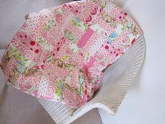 Flossie Teacakes: Tutorial: How to make a patchwork quilt