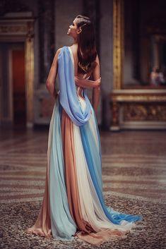 Atelier Versace, Gianni Versace, Style Haute Couture, Couture Fashion, Net Fashion, Latex Fashion, Fashion Boutique, High Fashion, Elegant Dresses