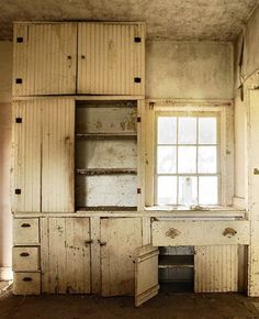 "[This makes me think of cousin Pam's father's farmhouse. Even as a small child, I realized that it was very shabby.] Farm Style Blessings~""Old Fashion Vintage Farm House"""