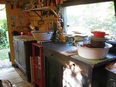 Click Clack Gorilla's Kitchen in the Wagenplatz