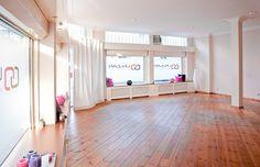 Yoga Studio - Love the colors