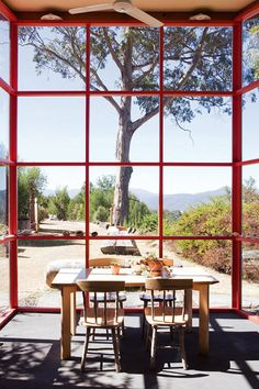 Inside out magazine getaway vacation home via Whorange