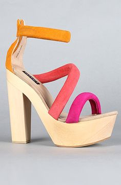 #karmaloop #soshoeme  Use rep code:XLOOP for 20% off  Retail:$240.00  The Muffy Shoe in Red and Orange by Messeca