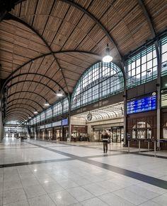 https://flic.kr/p/fBBvME | Hauptbahnhof Breslau | Wrocław Główny - Wroclaw Main Railway Station - Hauptbahnhof Breslau   Category: transport Location: ul. Piłsudskiego 105, Wroclaw, Poland Built: 1855-1857, extension in 1899-1904 Architect: Wilhelm Grapow Renovation: 2010-2012 Project of renovation: GRUPA 5 - Architekci (Warsaw, Poland)     Follow me: facebook foto-ml.pl   All Rights Reserved/Wszystkie Prawa Zastrzeżone - Maciek Lulko