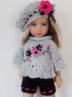 HAND-KNIT SWEATER,BERET,SHORTS JUMPSUIT,& ONE PAIR OF BOOTS SETMADE FOR EFFNER LITTLE DARLING