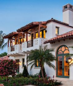 Spanish style homes – Mediterranean Home Decor Mediterranean Style Homes, Spanish Style Homes, Spanish House, Spanish Colonial, Spanish Mansion, Spanish Revival, Mexican Style Homes, Spanish Exterior, Mission Style Homes