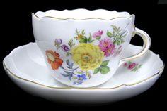 ユーロクラシクス|マイセン ベーシックフラワー 一つ花 二つ花 三つ花 四つ花 五つ花 Dresden Porcelain, Chocolate Cups, Porcelain Ceramics, Tea Cup Saucer, Teacup, Afternoon Tea, Bone China, Tea Set, Tea Time