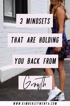3 Mindsets That Are Holding You Back from Growth ⇒ You don't have to wait to get your small business startup going and growing. Here's a way out — or a way up — for your entrepreneur dreams. Change Your Mindset, Success Mindset, Positive Mindset, Growth Mindset, Fixed Mindset, Mindset Quotes, Manifestation Law Of Attraction, Law Of Attraction Tips, Self Development