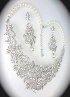 Bridal jewelry set  Rhinestone and pearl by QueenMeJewelryLLC