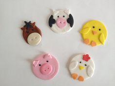 12 Edible Fondant Farm Animals cupcake toppers by LuliSweetShop Fondant Cupcake Toppers, Cupcake Cakes, Marshmallow, Farm Themed Party, Farm Party, Farm Animal Cupcakes, Cupcake Day, Chicken Cake, Hansel Y Gretel