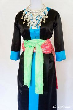 Hmong Clothing Black and Blue by XiongSeams on Etsy New Outfits, Female Outfits, Fashion Outfits, Hmong Wedding, Hmong Clothing, Hmong People, Historical Costume, Asian Fashion, Traditional Outfits