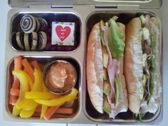 Easy lunch boxes for a hungry husband at hungryhubbys. Cold Lunches, Lunch Snacks, Healthy Snacks, Healthy Recipes, Lunch Recipes, Prepped Lunches, Healthy Eating, Whats For Lunch, Lunch To Go